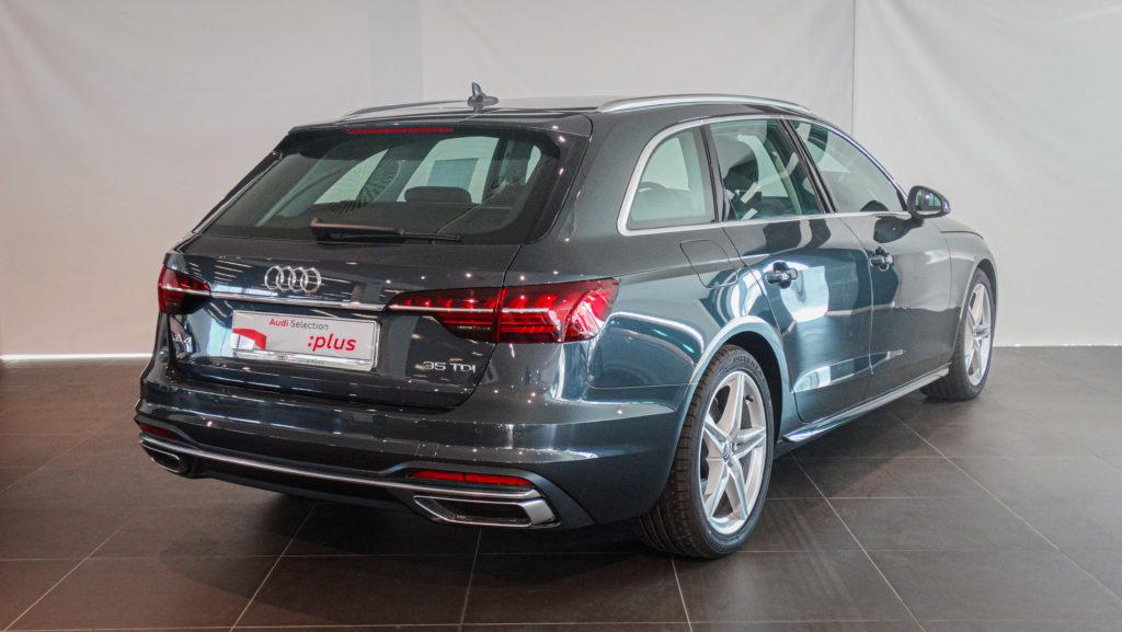 Audi A4 V0